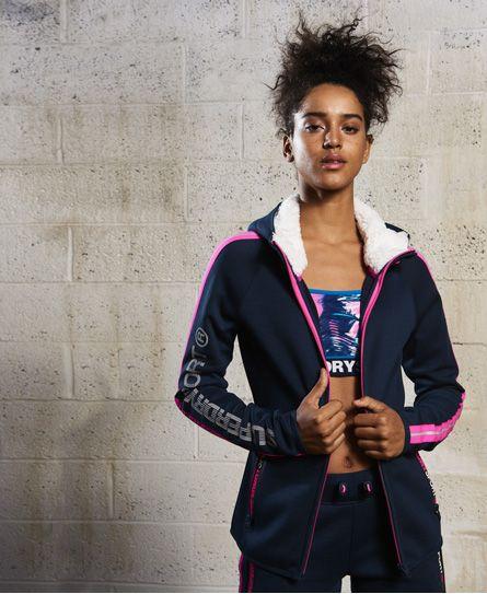 SUPERDRY Angebote Superdry Core Sport Borg Kapuzenjacke: Category: Damen / Sport-Sweatshirts / Sport-Hoodie Item number:…%#Mode%