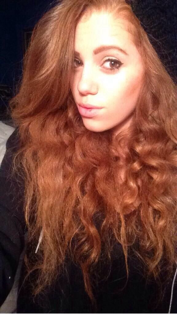 Fc: Mahogany *LOX* || Hey  I'm Mahogany! You can call me whatever. I'm 18 and single. I have three siblings. Crushing. Intro?