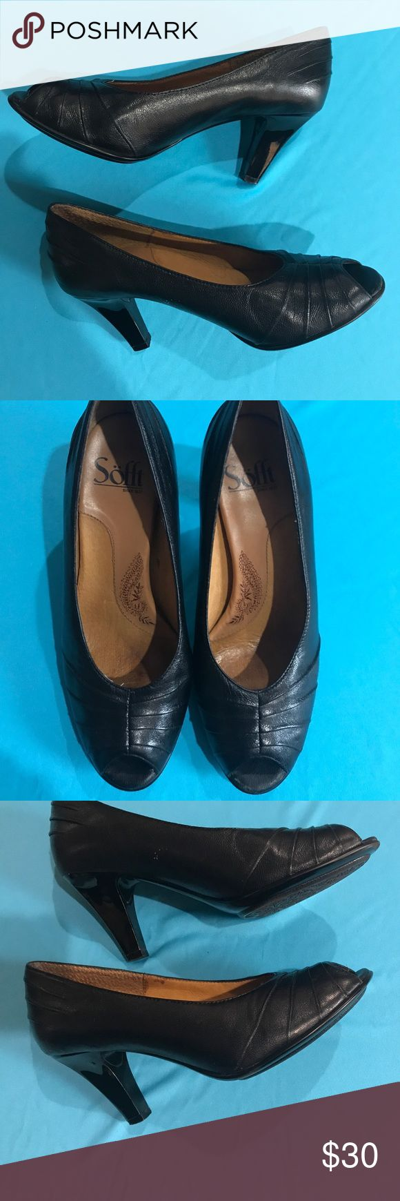 "🖤Sofft Women's Shoes—Size 6 1/2 M—Leather🖤 These Sofft brand ladies peep toe pumps are black leather upper with manmade balance—size 6 1/2 M-3"" heel, very nice condition except inside footbed has slight discoloration from wearing, check out bottom soles🖤🖤🖤 Sofft Shoes Heels"