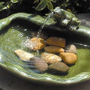 Google Image Result for http://free-garden-design-program.designofgarden.com/images/garden-fountain-design-2.jpg