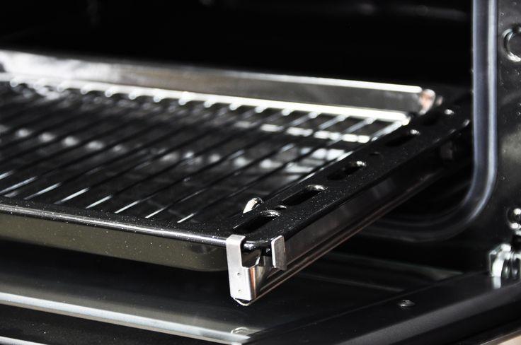 Telescopic Rails, making cooking easier #Belling #UKmade #madeinBritian #British #oven