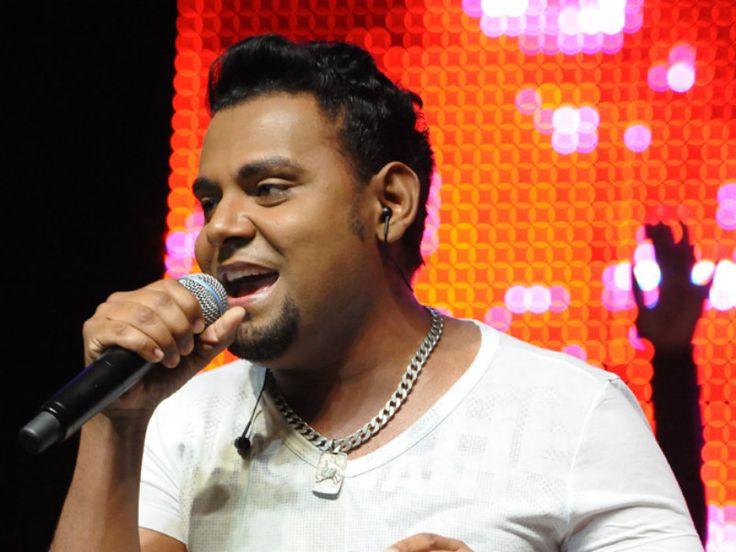 Entre as atrações musicais o destaque é o cantor Pablo, um dos criadores do gênero musical Arrocha, que toca dia 01/01