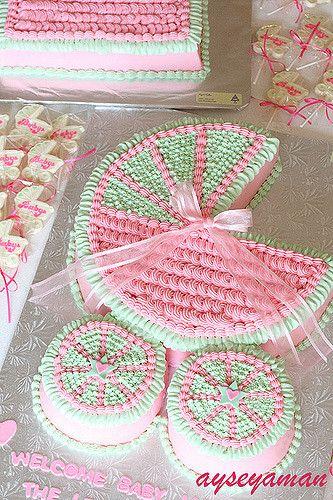 Baby Carriage Cake | ayseyaman.blogspot.com/ | Ayse Yaman | Flickr