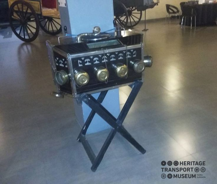Here's an old #bioscope displayed in the #museum #cafeteria, where people can enjoy the food along with the #music of bygone days! #vintagestyle #vintage #vintagecollection #heritage