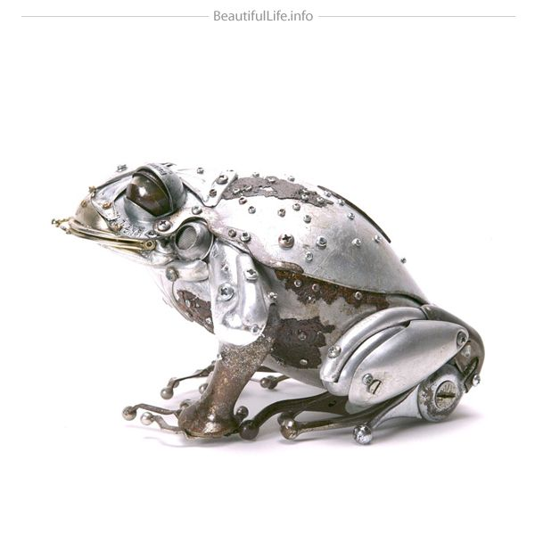 Frog made of repurposed metal parts by Edouard Martinet