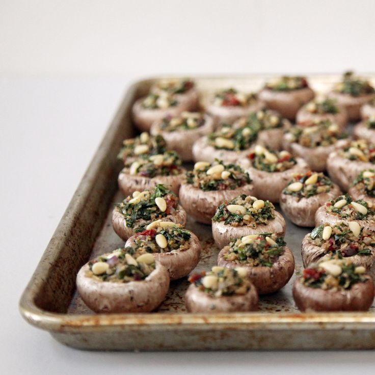 Vegetarian stuffed mushrooms: the perfect party finger food.