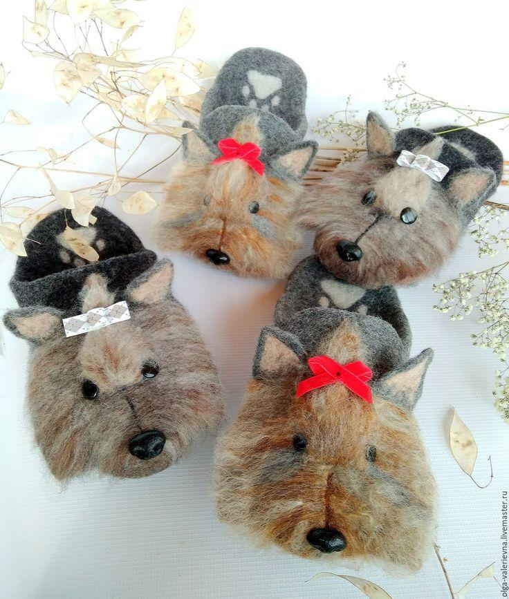 Купить Йорки. Тапочки-шлепки валяные из овечьей шерсти в интернет магазине на Ярмарке Мастеров