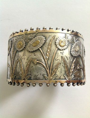 Bangle | Victorian Sterling Silver & Bi Gold. ca. 1880. British Silver jewelry of this period floors me