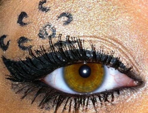 leopard style eye lids. great for themed parties/halloween