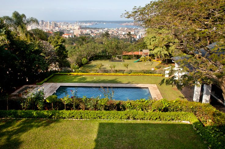 Situated on a ridge above #Durban city, #Berea is known for its views of the Indian Ocean and price-commanding properties. #SouthAfrica #suburb