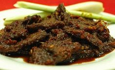 Dendeng daging sapi basah merupakan sajian yang cocok disajikan sebagai hidangan utama yang lezat. Ketika anda akan menggelar acara makan besar bersama dengan keluarga dan bingung menentukan hidangan utama yang lezat untuk disajikan, hidang...