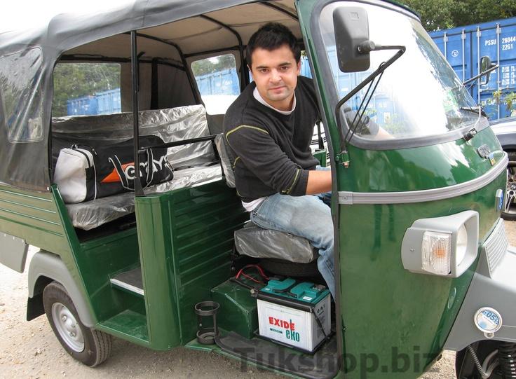 Nick Gough is driving his Piaggio Ape D3 from www.tukshop.biz around the world... www.tuktuktravels.com