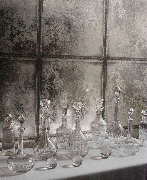 Woontrend Classical - Modern Klassiek Interieur met Trendy Vloer & Wandbekleding Inspiratie - Graham & Brown & Disney Behang Diablo - Behang Special LEES MEER... (Foto Perscentrum Wonen  op DroomHome.nl)