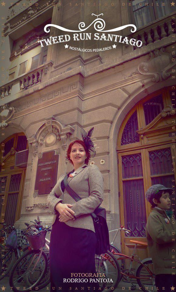 """Tweed Run Santiago. Paseos en bicicleta """"Tweed Run"""" por las calles de Santiago de Chile"""