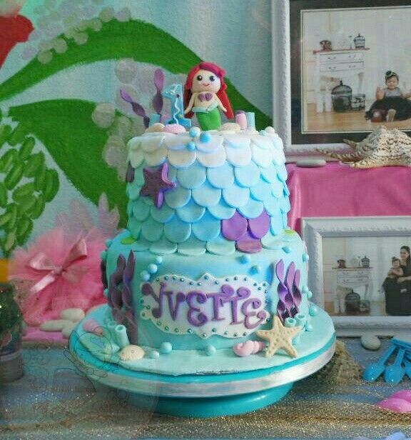 Under the sea birthday cake. Mermaid cake