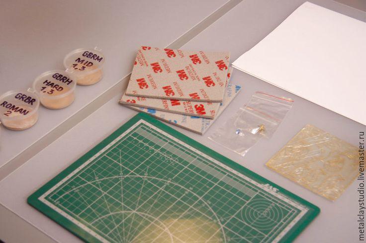 Делаем брошь-значок из бронзовой глины - Ярмарка Мастеров - ручная работа, handmade