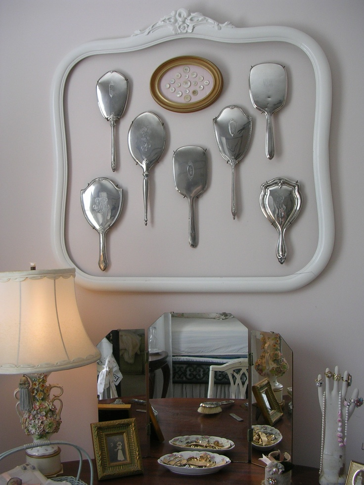 39 best hand held mirrors images on pinterest mirrors for Mirror collage wall