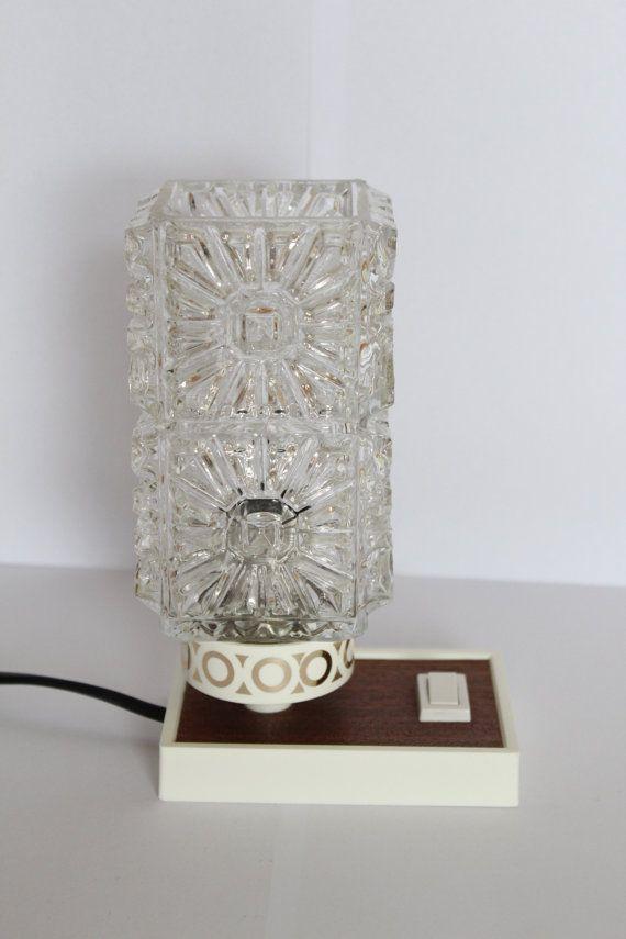 Kleine Nachttischlampe 60er Jahre Mid century von BuashkoGarage