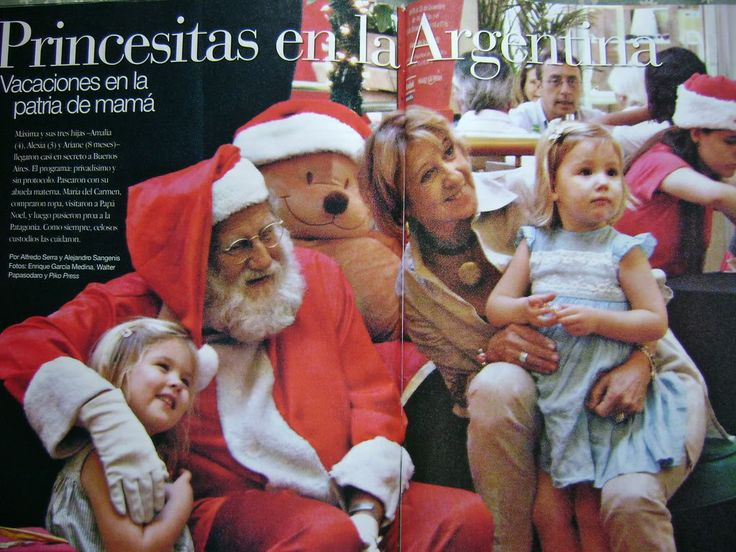Princesses Amalia and Alexia with her maternal grandmother visiting Santa in Argentina.