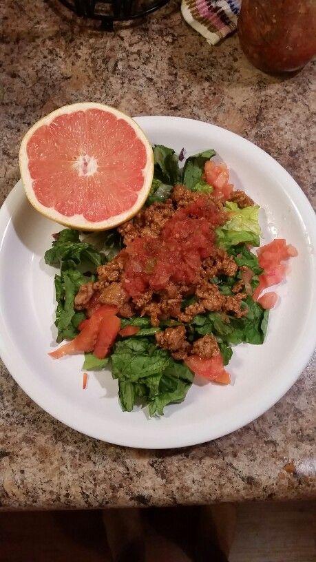 Saba 60 approved!!! Lean ground turkey with salt free Ms. Dash taco seasoning over fresh salad mix with fresh homemade salsa!! -->> sabaforlife.com/acebybrittanyg