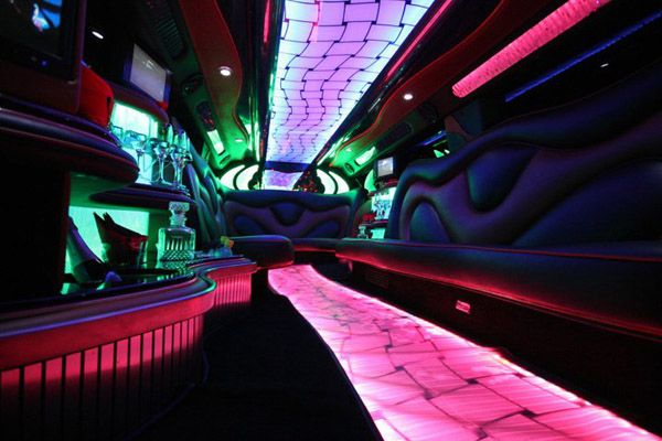 Mad Dog Entertainment Hummers for Hire