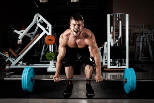 yahoolifestyle:          O deadlift ou levantamento terra é o exercício mais conhecido para tonificar a parte inferior das costas, glúteos e quadríceps. Acompanhe a sessão de hoje para não correr o ri