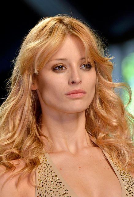 Capelli colore 2015: Nero Corvino, Biondo Platino o Rosso Albicocca colore capelli 2015 albicocca