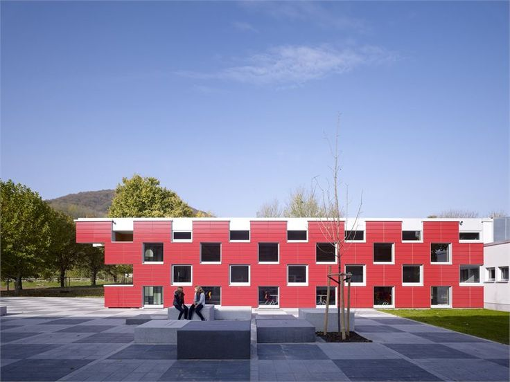 2-salmtal-secondary-school-canteen-by-spreiertrenner-architekten