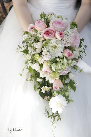 バラとクレマチスのブーケ|生花ブーケ(SWEET)|ブレーメンウェディング