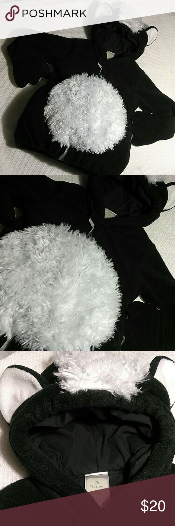 Skunk Costume Gently used, in excellent condition. Old Navy Costumes Halloween