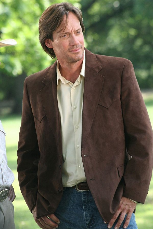 I picture actor Kevin Sorbo as Joseph Strongstone in my novel The Golden Love