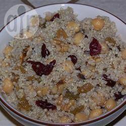 Salade de pois chiches et de quinoa @ qc.allrecipes.ca