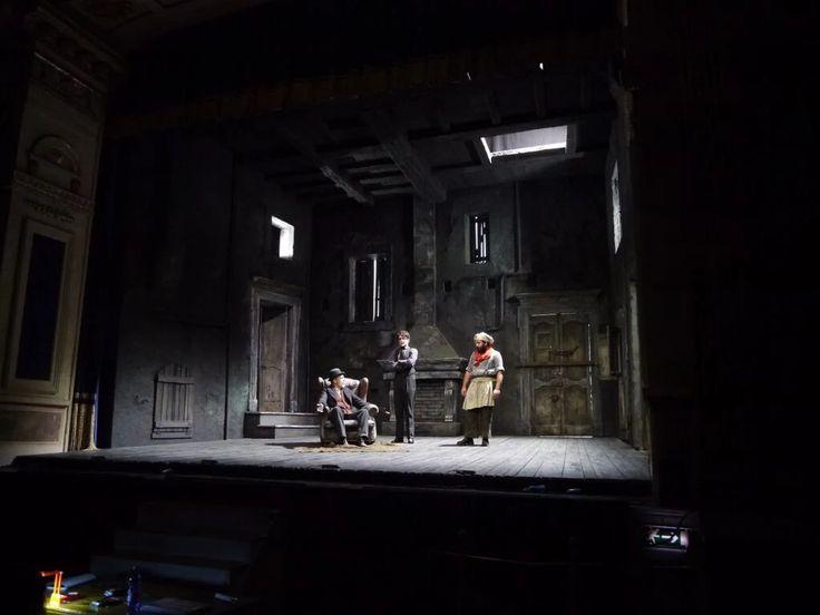 "Foto: ""L'Avaro"" - Teatro Stabile Torino, regia Jurij Ferrini, scene Nicolas Bovey (2015)"