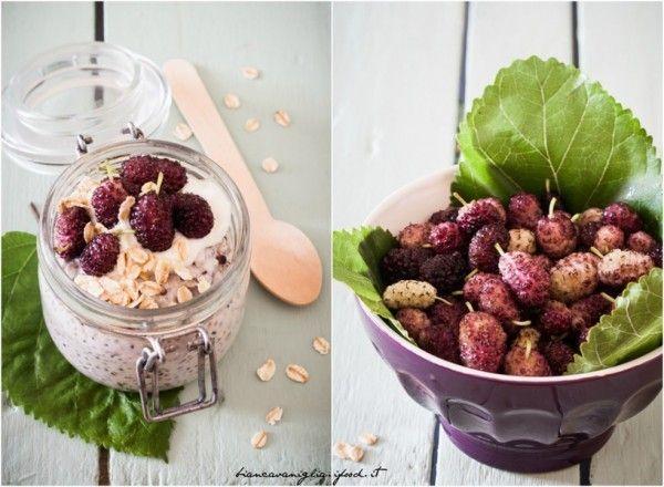 Pudding ai semi di chia e more di gelso