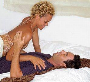 Vie sexuelle, Fantasmes - A quoi servent les fantasmes - On fantasme souvent sur des hommes que l'on ne peut pas avoir, des stars de cinéma, des collègues de boulot ou même son coiffeur, cela nous permet de nous évader, de faciliter notre endormissement...