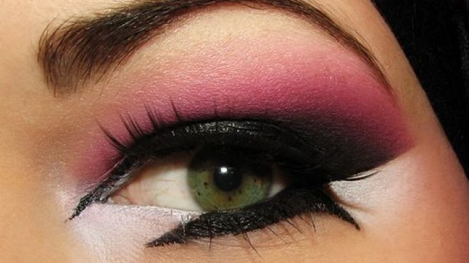 Yaratıcı Arap Pembe Mor Makyajı Tekniği - Özel günler için uygulayabileceğiniz yaratıcı arap pembe mor makyajı yapımı (Arabic Pink Purple Makeup Video)