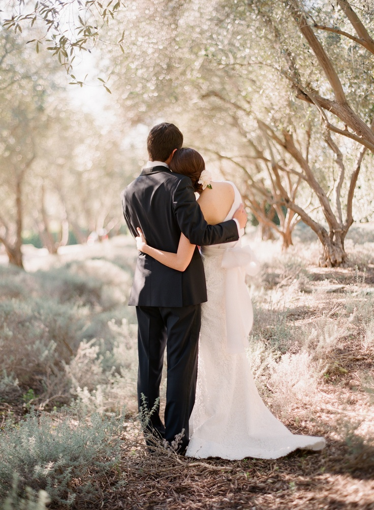 wedding embrace...xoxo http://www.kissthegroom.com