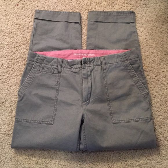 Today only! Banana republic boyfriend chinos Grey banana republic boyfriend chinos. Pockets in the front and back. Never been worn so in excellent condition. Banana Republic Pants Ankle & Cropped