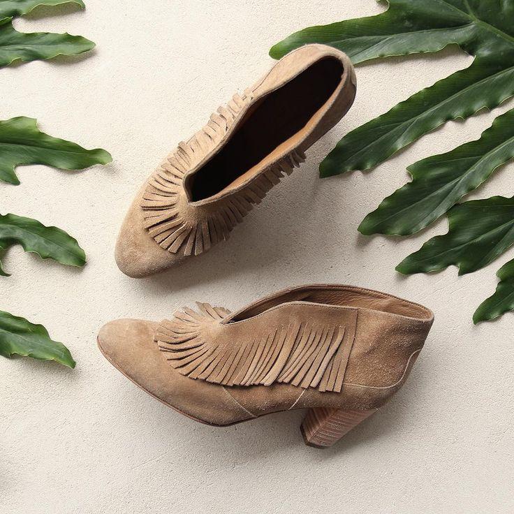 •We present: Bota Man Descarne• #boots #western #fringe #leather #musthave #boho #rapsodiacolombiaoficial