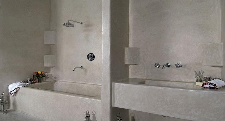 Damask cement bathroom