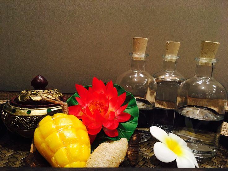 Öl+Aroma Massage  📢NEUERÖFFNUNG TERMINE AB 3.JULI MÖGLICH 📢 Angebot 25% auf alles 😱 ‼️Ideal auch als 🎉Geschenkgutschein 🎁✉️ Direkt hier bestellen: www.roythamas.de/Shop 👈🏻 📎🏷 💻info@roythamas.de 💕📞015 237007117 🏁Aachener Str. 235 41061 M'gladbach 🖋🖋Termin Mo-Fri 10:00-20:00 Uhr Sa 12.00-19.00 Uhr und nach Vereinbarung