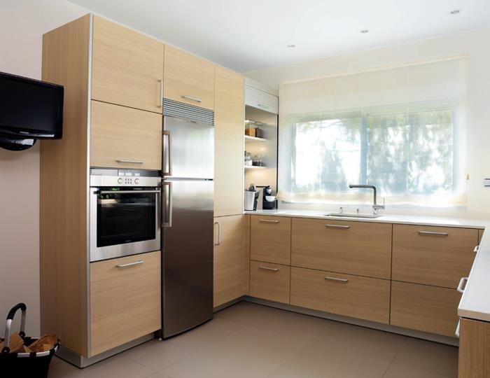 Almacenamiento vertical almacenamiento vertical pinterest for Mueble columna cocina