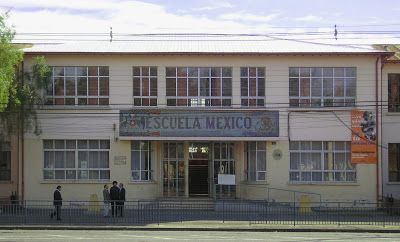 La maldición de mi país: Murales de Siqueiros y Guerrero en la Escuela México de Chillán
