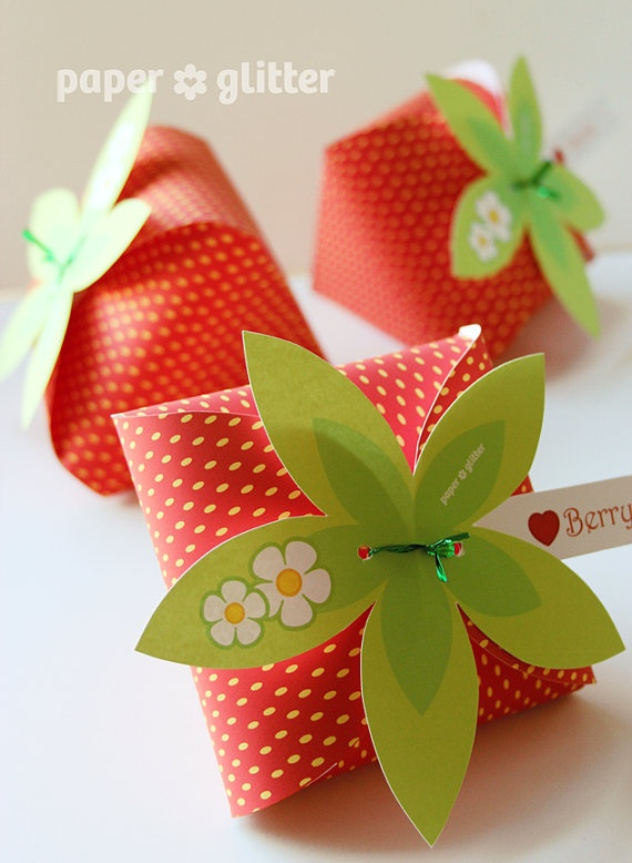 Printable Strawberry Paper Favor Box by   PAPER * GLITTER