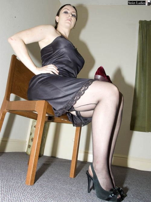 Could any Mature pantyhose slip story the chunks