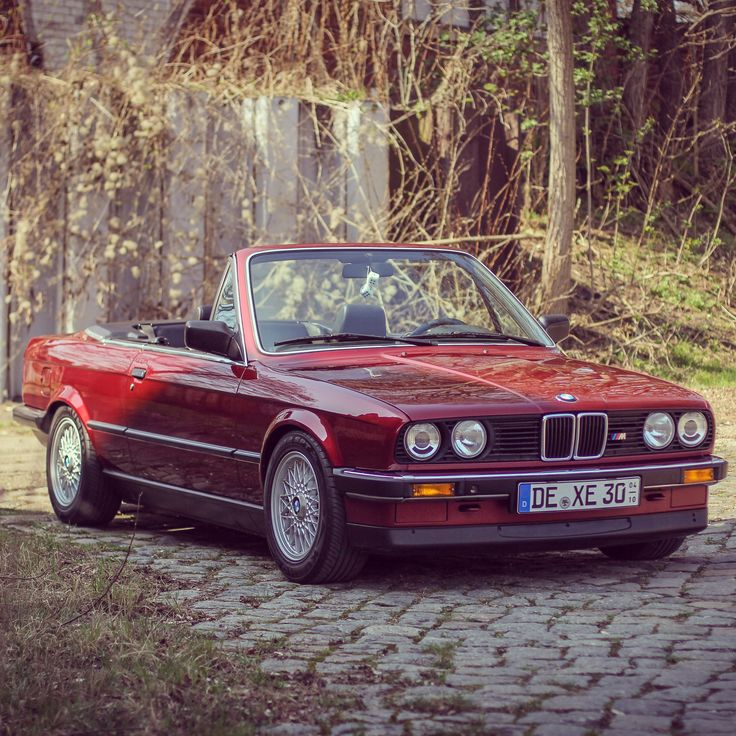46 best bmw e30 320i cabrio images on pinterest bmw cars bmw e30 coupe and cool cars. Black Bedroom Furniture Sets. Home Design Ideas