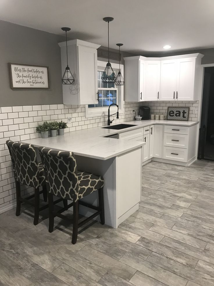 Best White Shaker Cabinets With Solid Surface Countertops And 400 x 300
