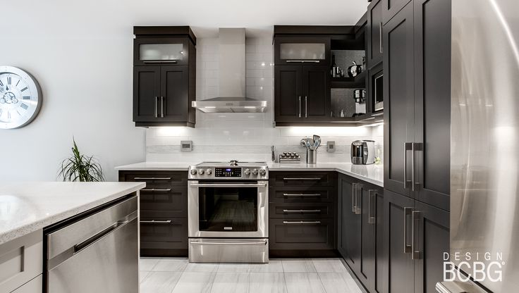 Classic kitchen style with maple cabinet painted in black lacquer.