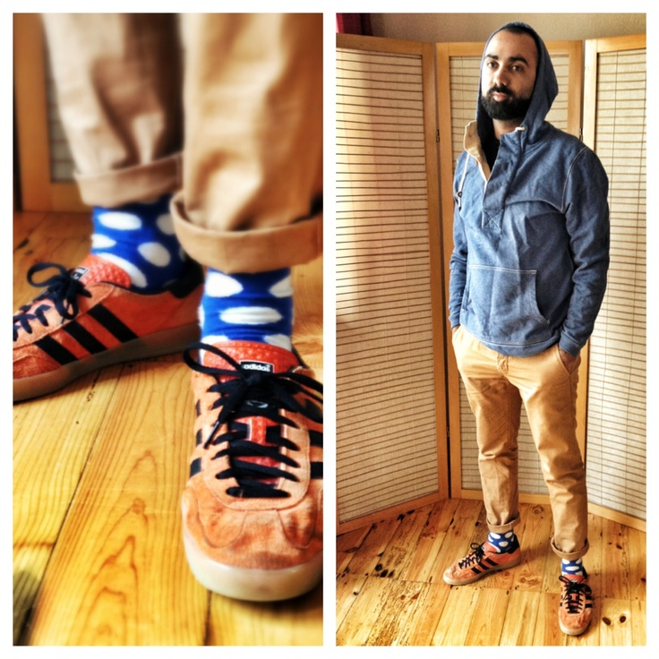 Some solid advice: It doesn't matter what socks you wear if one other part of your outfit compliments the socks. For me today, blue socks and blue hoodie.    #mensfashion #fashiontips #socks #nicsocks #mensshoes #mensfashiontips