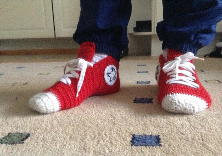 Crochet Converse Slippers Pattern http://www.handimania.com/crochet/crochet-converse-slippers.html